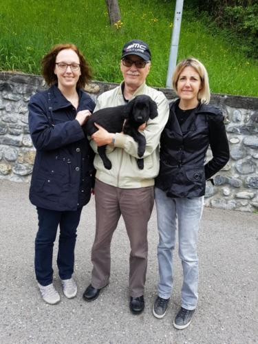 1 Thea mit Gianni und Familie